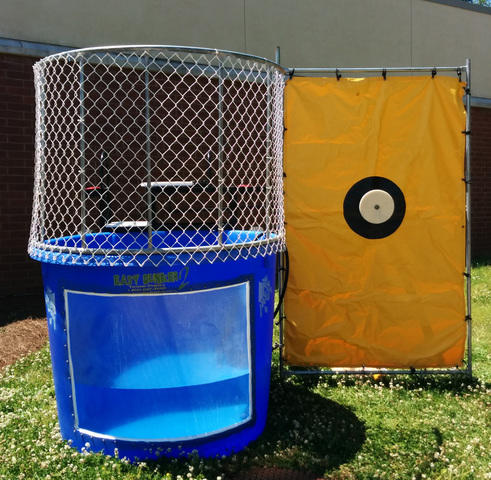 Dunk Tank - with window