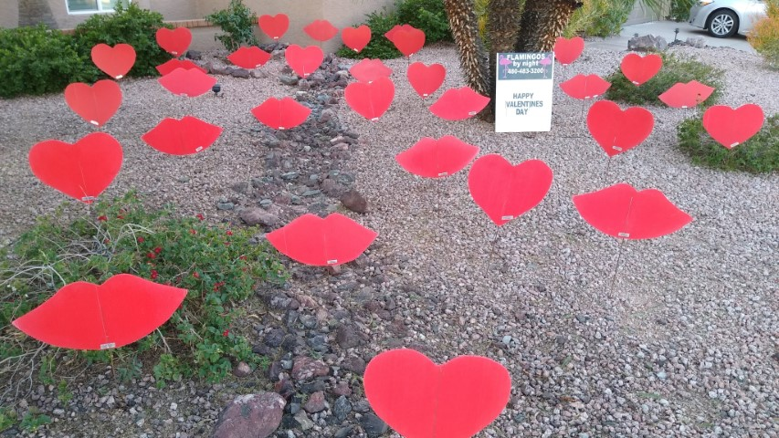big red hearts yard decorations
