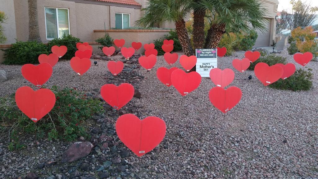 big red hearts yard decorations
