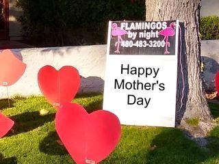 Happy anniversary yard sign with hearts & kisses