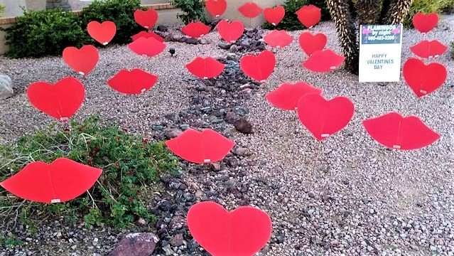 big red hearts and big red kisses yard decorations