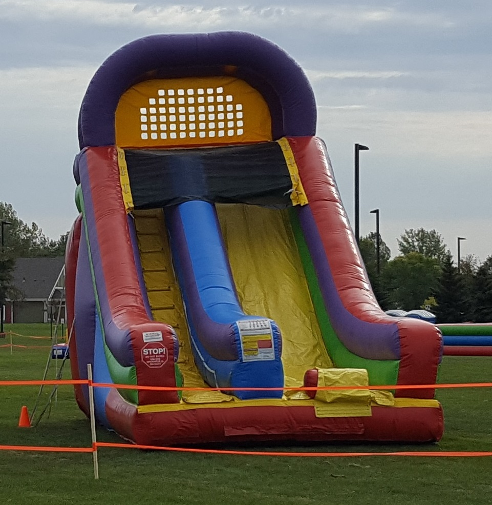 Ultimate giant slide from Froggy Hops
