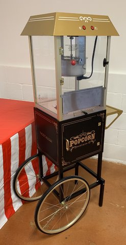 Popcorn with Stand