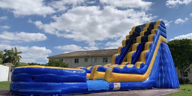 22ft Blue Ice Water Slide