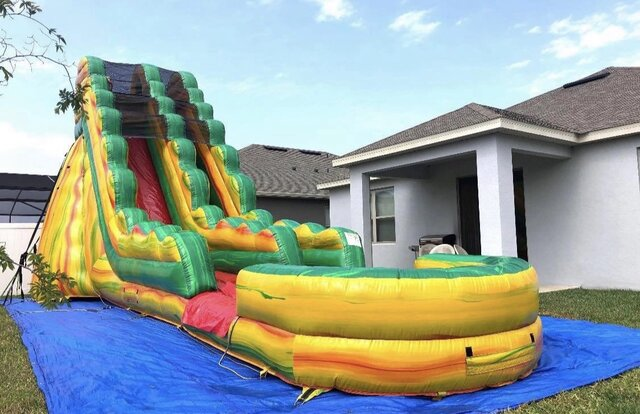 22ft Fiesta Water Slide
