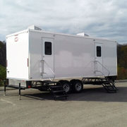 9 Station Luxury Restroom Trailer