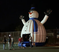 24 Foot Tall Inflatable Sno Man Bounce House
