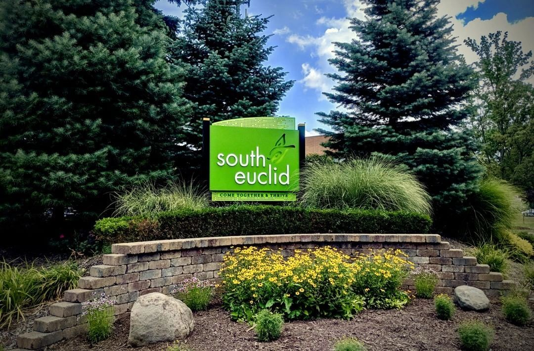 south euclid ohio junk removal and dumpster rental services .