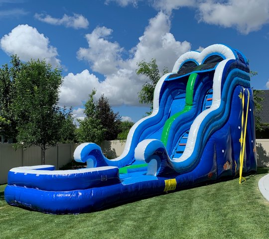 20 Foot Ocean Wave Waterslide