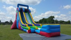 22 FT. Screamer Slide (Dry)Recommended for ages 6+ Space Needed: 42' L x 24' W x 26'H