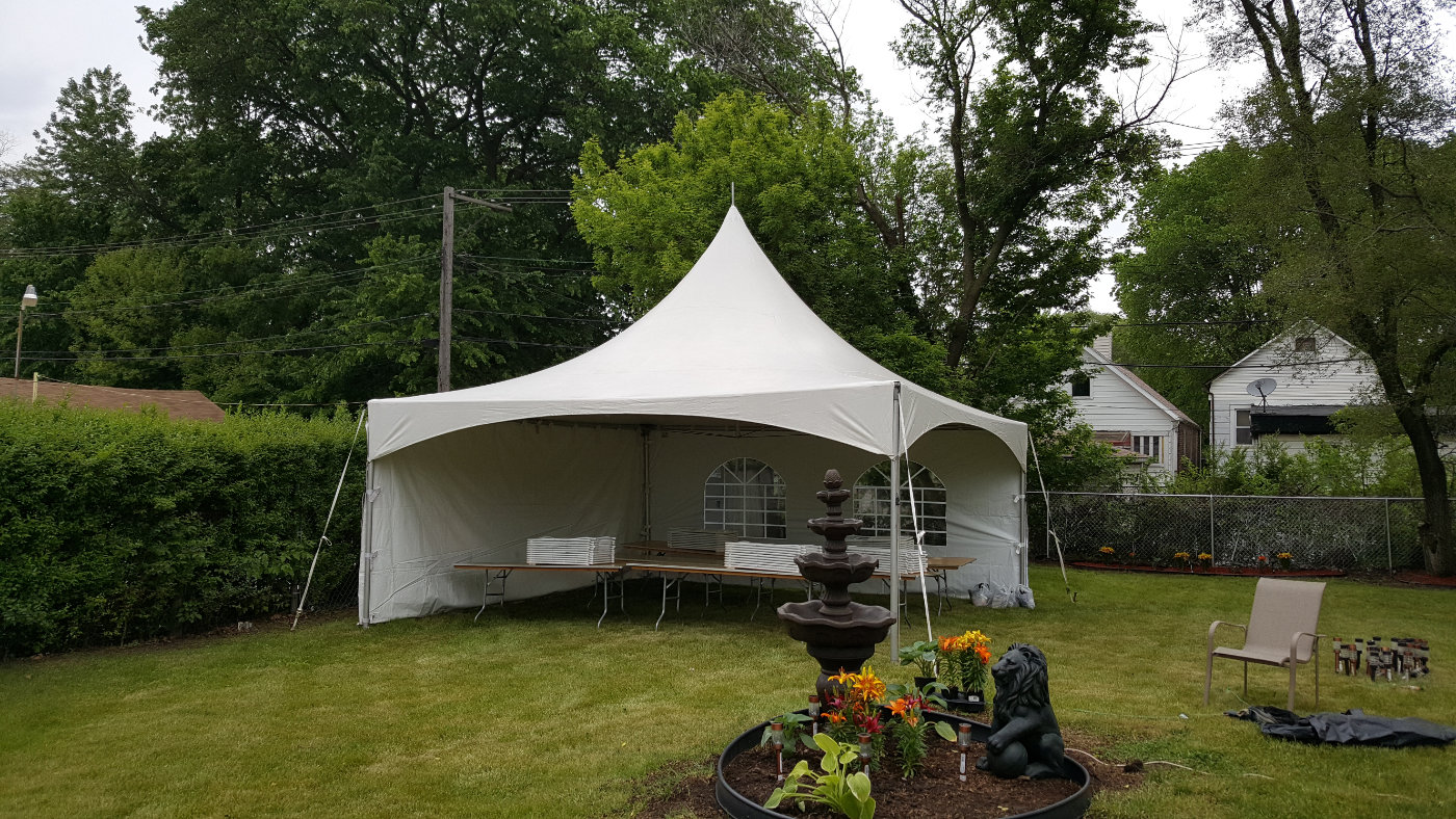 20 X 20 tent from Illiana Party Rentals