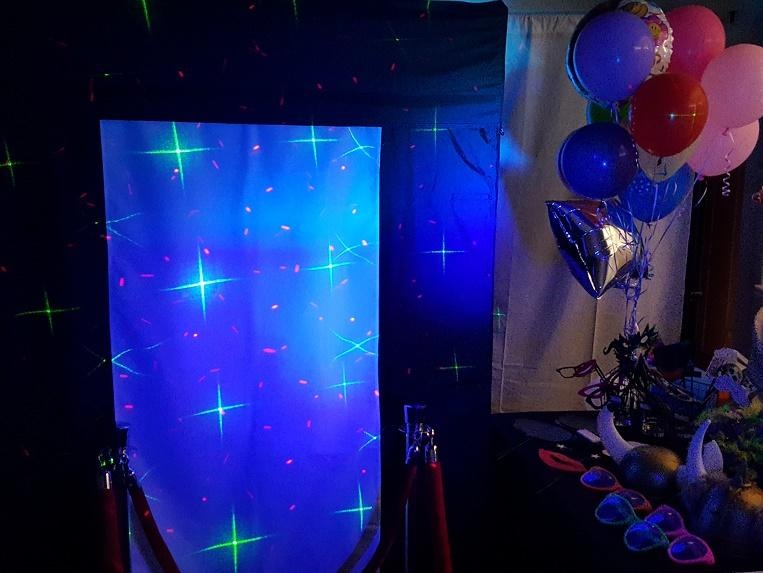 PhotoBooth Special Effects Lighting with Props