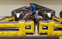 El Loco Mechanical Bull