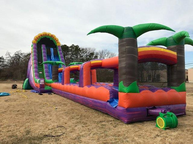 27 ft Bermuda Blast Waterslide