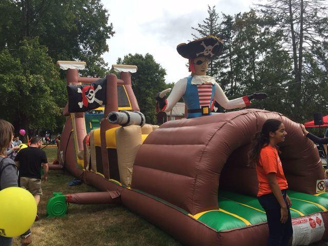Pirate Obstacle Challenge (52 Ft)