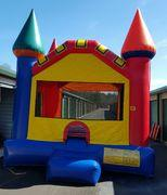 Classic Castle Bouncy House (6-8)