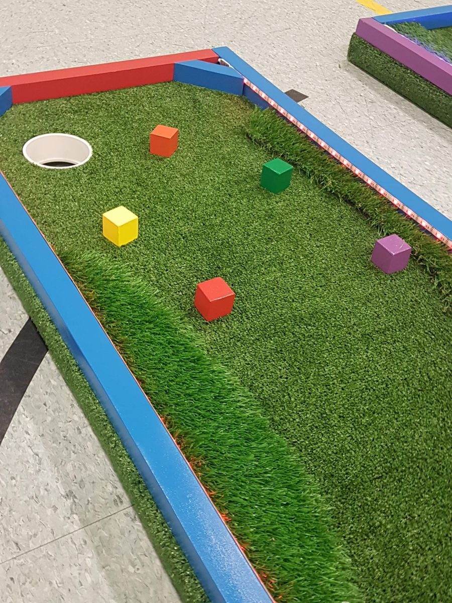 Jumpin Jack Splash Mini Putt Golf