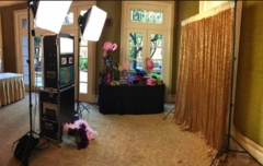 Deluxe Open Photobooth with Props