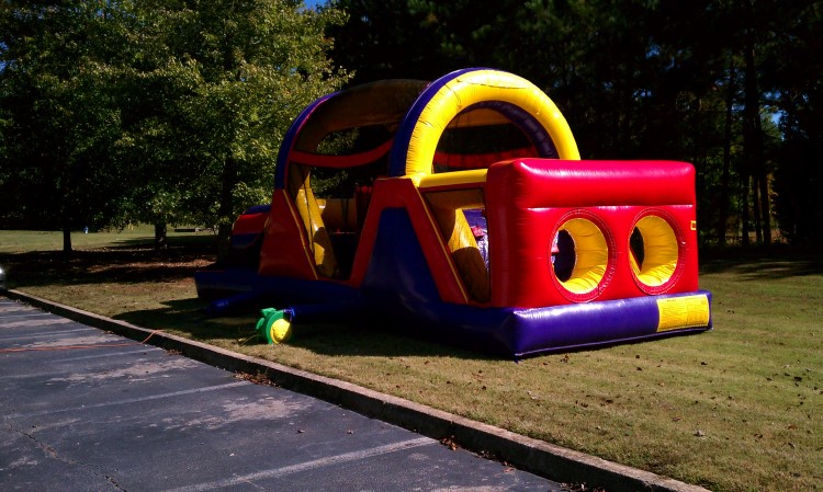 Fayetteville 30 Foot Obstacle Course Rental