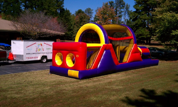 Riverdale 30 Foot Obstacle Course Rental