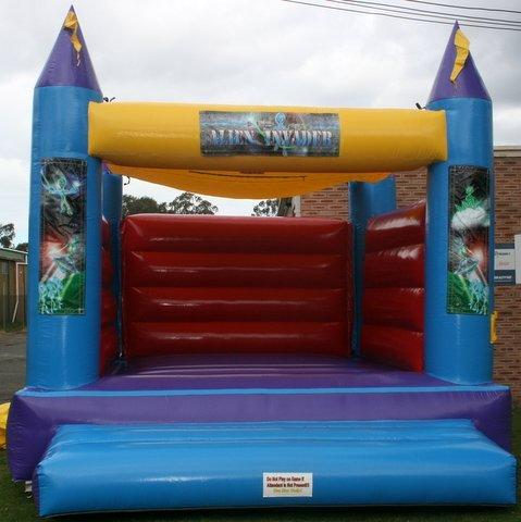 Alien Invader Adult/Children Jumping Castle (140)
