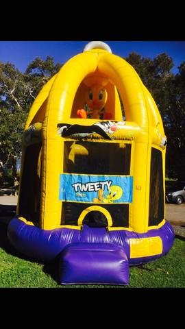 Tweety Bird Cage Jumping Castle
