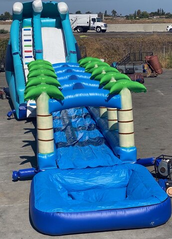 Jaws Water Slide With Tropical Slide With Pool In Front