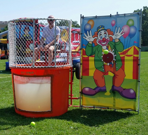 dunk tank rental chicago