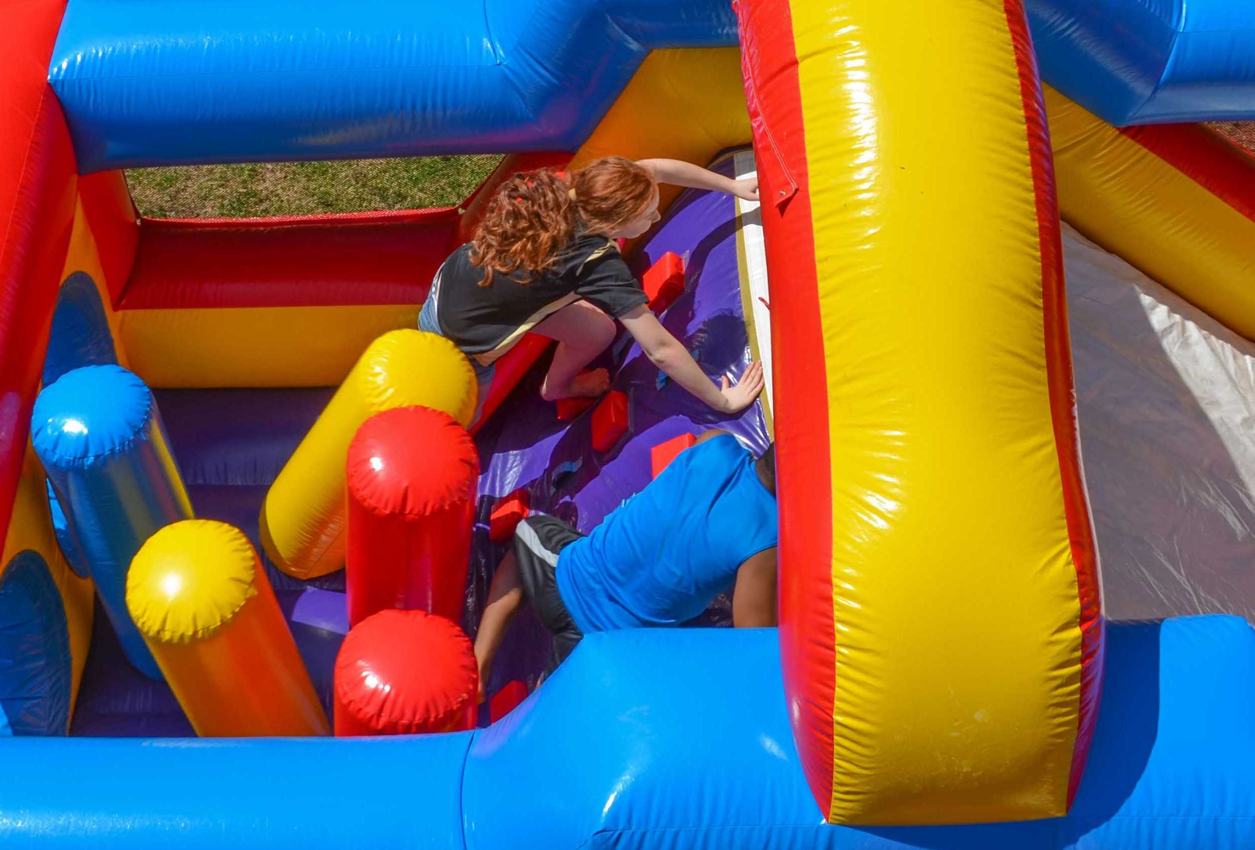 Obstacle courses and bounce house rentals Murfreesboro