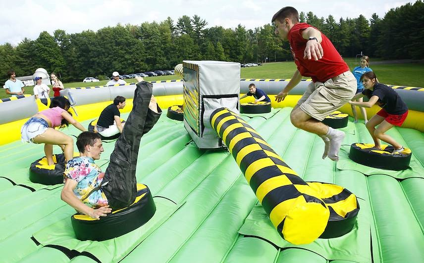 interactive game rentals Nashville Tn, Meltdown inflatable game rentals Nashville TN