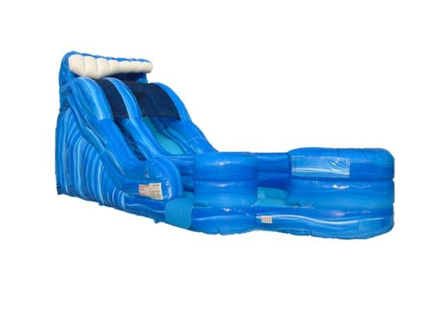 19 FOOT RIP CURL WATER SLIDE