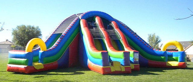 24 Ft Wacky Tri Slide (Also Circus City)