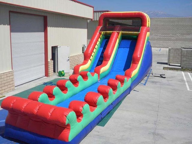16 Ft Rainbow W/ Slip N Slide Attachment (Item 339)