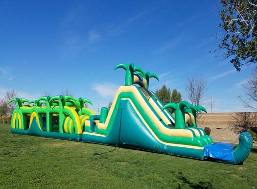 90 Ft Safari Obstacle Course With Pool (Item 706)