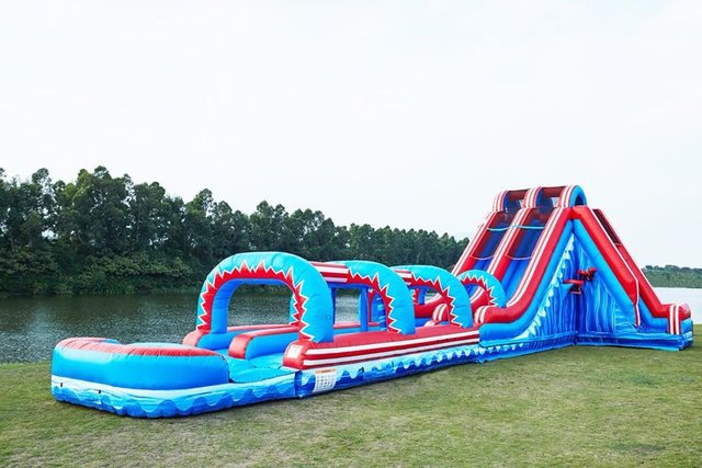 22 Ft Freedom Extreme Water Slide Item 350