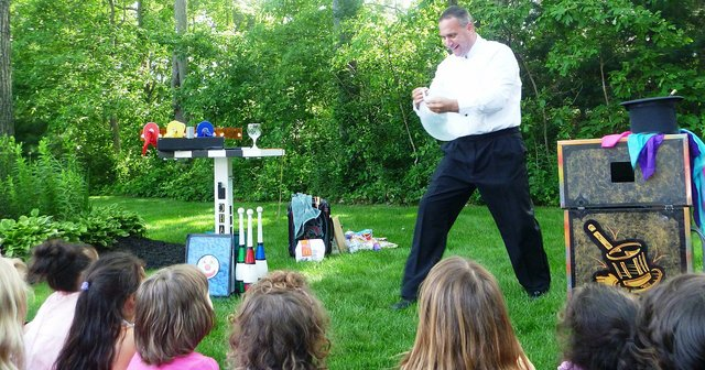 Magic Show 1 HOUR