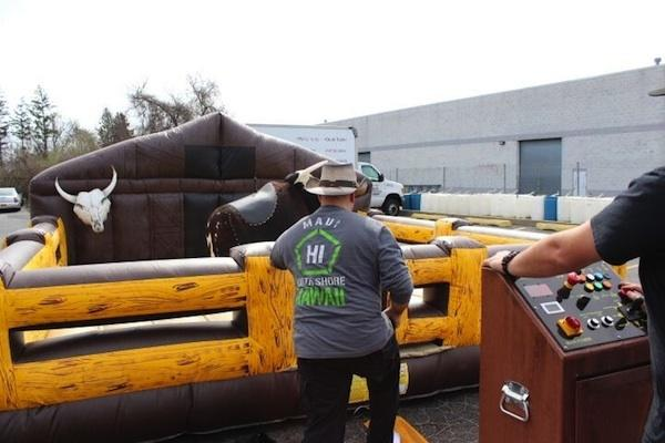 Mechanical Bull (Carnival Games)
