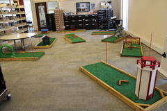 MINI GOLF 9 HOLES (INSIDE)
