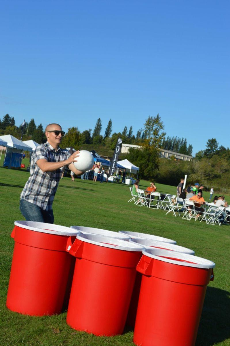 Giant Beer Pong Chicago Just4jumps Com