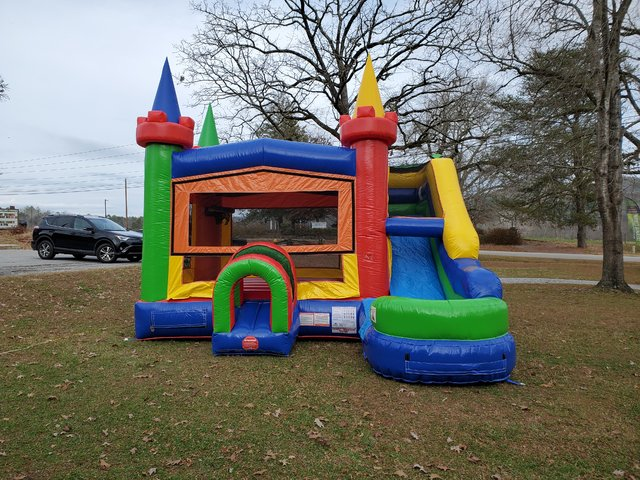 Retro Bounce House Combo Dry