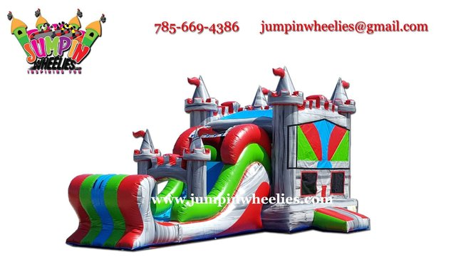 Royal Palace Bouncer with Slide