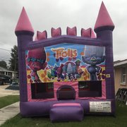 Trolls Pink Castle Bouncer