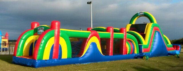 18' Multicolor Slide with Obstacle Course (Wet/Dry)