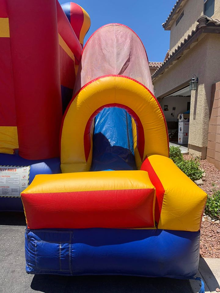 balloon obstacle course slide