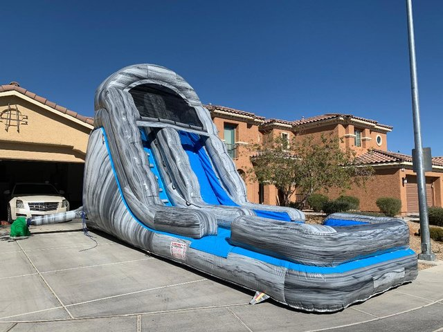 18ft Giant Slide Dry