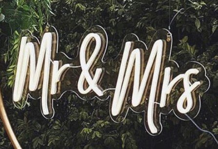 Mr & Mrs - Neon Sign