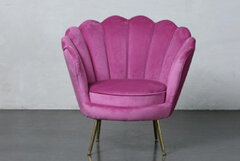 Cerise Scallop Chair