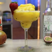 FINEST CALL PASSION FRUIT PUREE MIXER