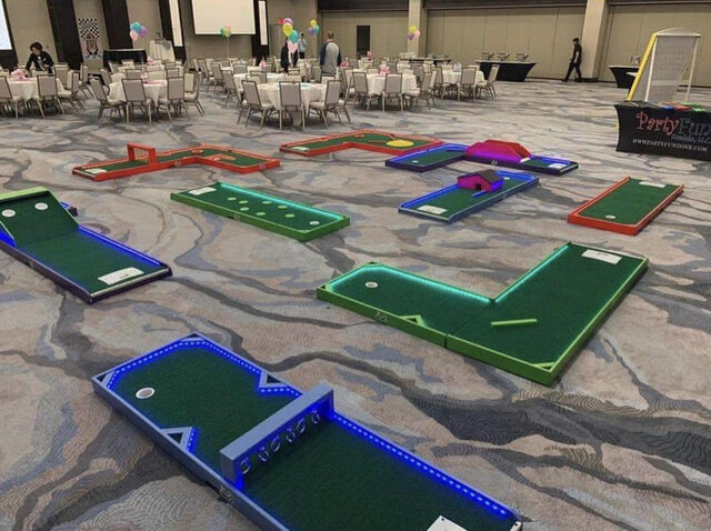 9-Hole LED Mini Golf
