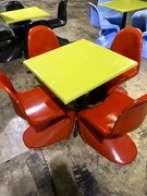 Table/Red Chairs Set